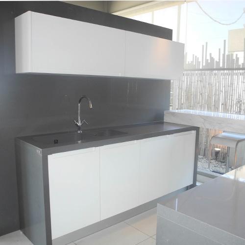Silestone-Cemento-Spa-voorbeeld-keuken